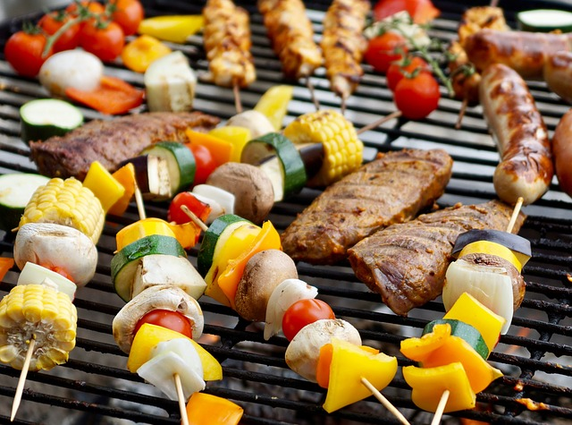 grilling-2491119_640